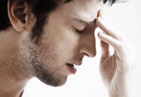 سردرد خوشه ای چیست؟ + راه های درمان آن