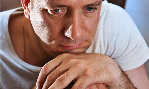 علائم شروع بحران 40 سالگی در زنان و مردان چگونه است؟