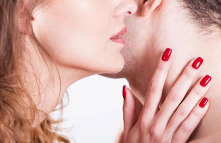 نقاط محرک بدن زنان که تمایل دارند نوازش شود
