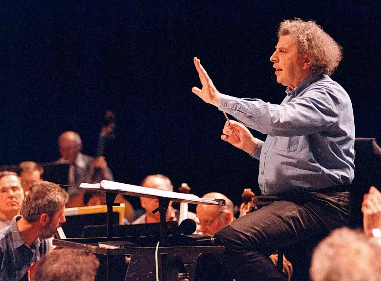 آهنگساز مشهور یونان