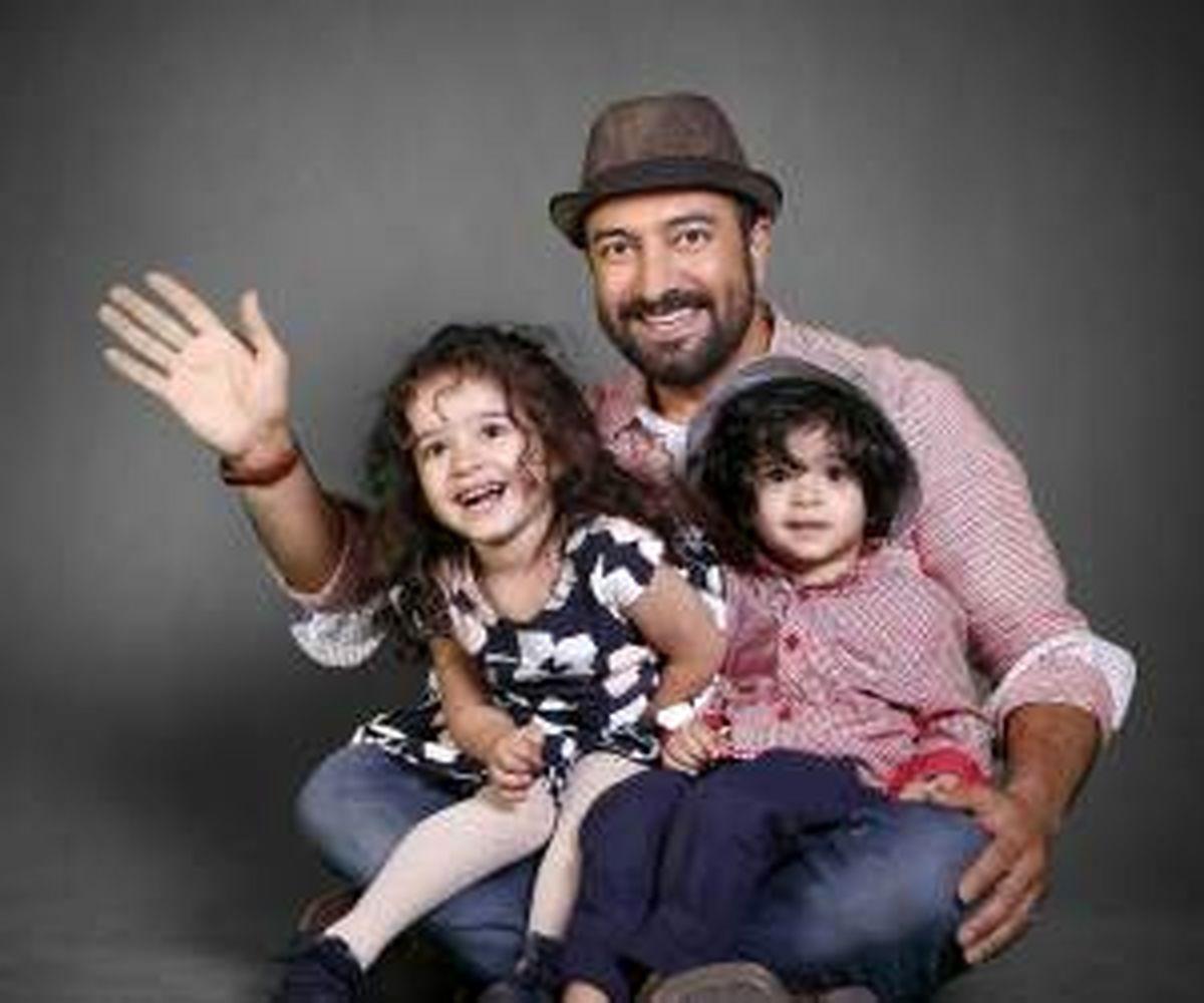 عکس جالب از دوقلوهای مجید صالحی و همسرش + عکس