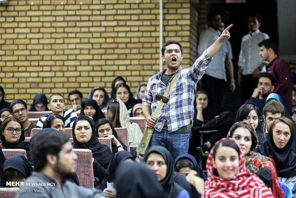 جزئیات درگیری شدید دانشجوها با احسان علیخانی و داوران عصر جدید + عکس
