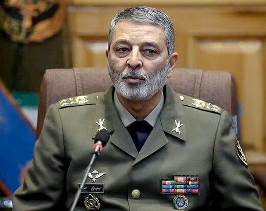 پاسخ فرمانده کل ارتش به حاشیه سازی ها بر سر بروز خطای انسانی در سقوط هواپیمای اوکراینی
