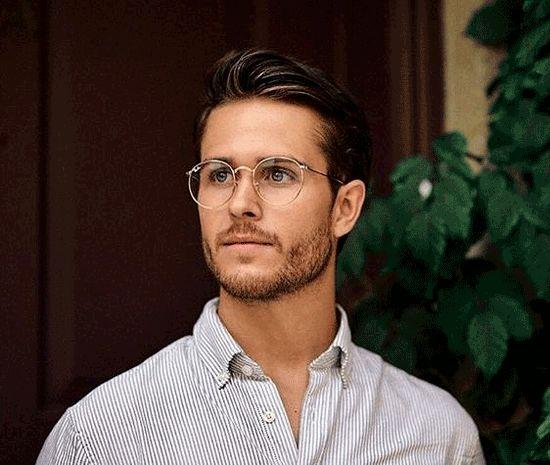 راهنمای خرید عینک طبی، چه مدلی برای صورت شما مناسب است؟