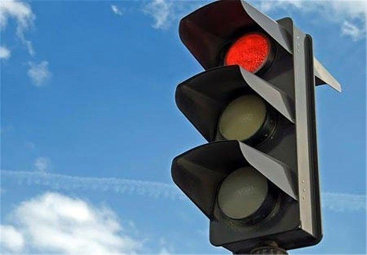 قطعی برق نباید در روند چراغ های راهنمایی اخلال ایجاد کند