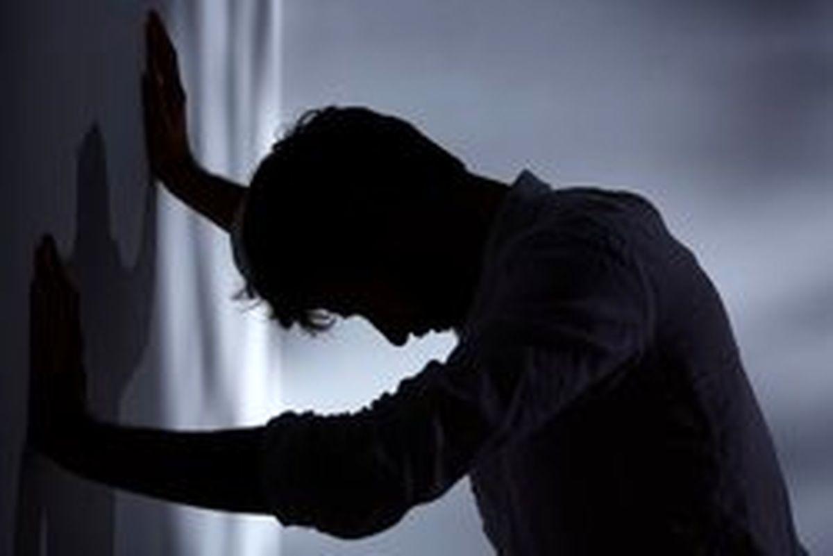 چرا برخی در پائیز افسرده می شوند؟