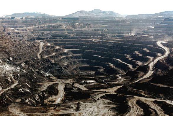 ذخایر تخمینی کشف شده بین معادن گل گهر:143 میلیون تن سنگ آهن