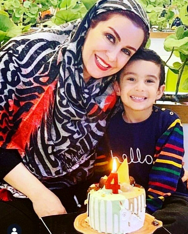 مرحوم ماهچهره خلیلی در جشن آخرین جشن تولدش + تصاویر