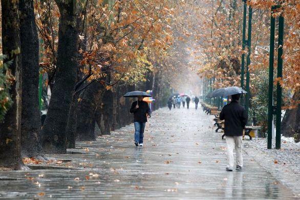 بارش برف و باران در جادههای ۸ استان