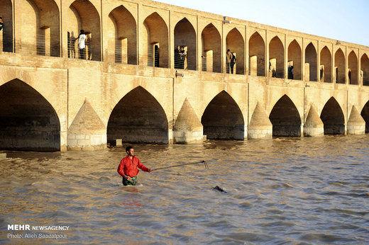 زاینده رود سه روز دیگر در اصفهان زنده میشود