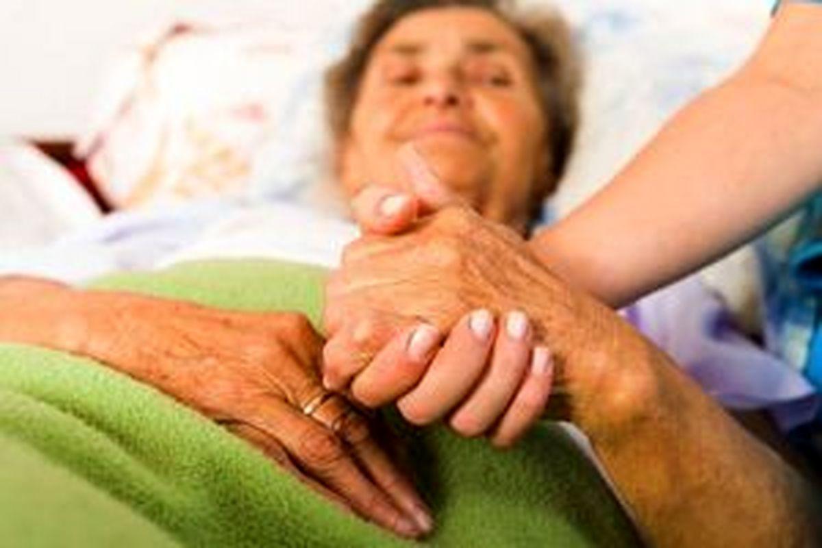 مهم ترین علائم آلزایمر چیست ؟  + درمان