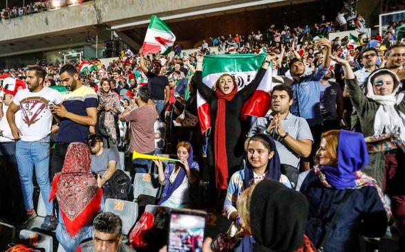فیفا برای حضور بانوان ایرانی در ورزشگاه ها دست به کار شد + جزئیات