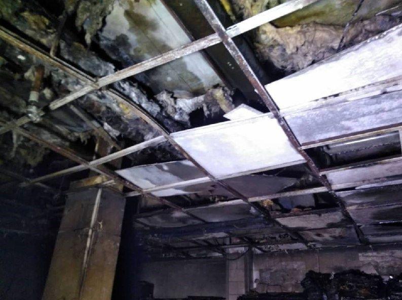آتشسوزی در انباری یک بیمارستان در غرب تهران + عکس