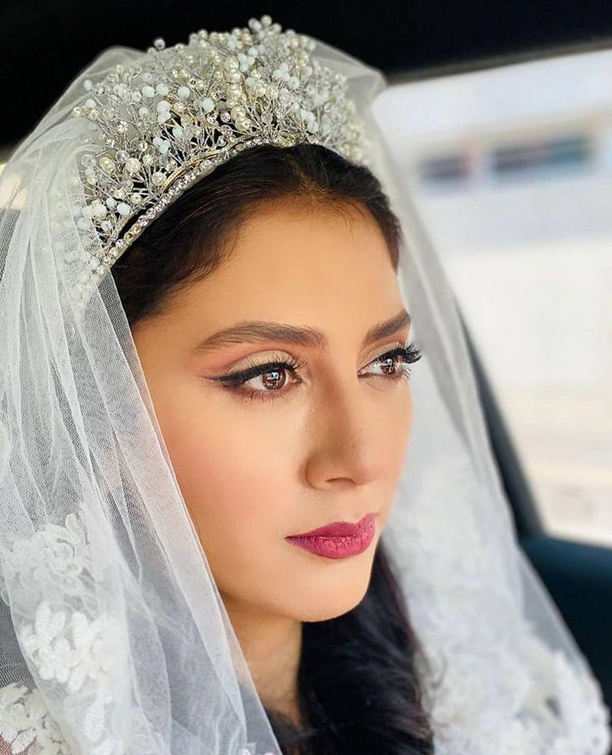 مونا فرجاد ازدواج کرد   عکس مونا فرجاد در لباس عروس
