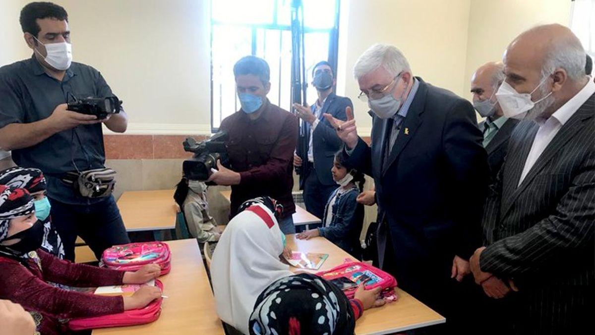 افتتاح مدرسه 2 کلاسه در روستای شیراوند لرستان توسط بانک پاسارگاد