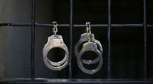 دستگیری خواننده جنجالی به اتهام سرقت