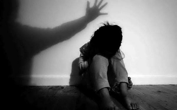 رابطه نامشروع خانم روزنامه نگار و سقط جنین جنجالی لو رفت + عکس