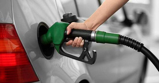آخرین خبرها از تغییر قیمت بنزین