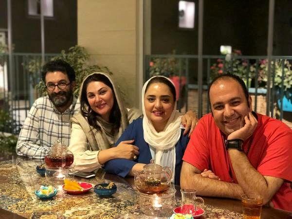 علی اوجی و همسرش نرگس محمدی در کنار لاله اسکندری و همسرش