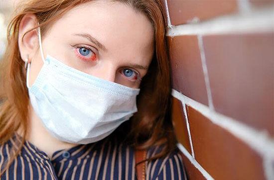 ماسک زدن بیش از حد این عضو از صورتتان را می خورد