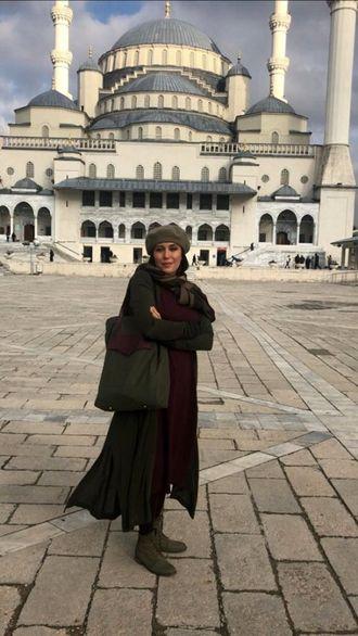 عکس مهتاب کرامتی در ترکیه با پوشش متفاوت + جزئیات طلاق