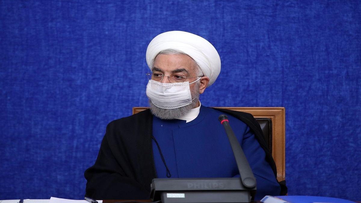 کشور را به جای ۶۰ میلیارد دلار درآمد نفتی، با ۱۰ میلیارد دلار اداره کردیم/ سال ۹۵ رشد اقتصادی ایران در دنیا اول شد