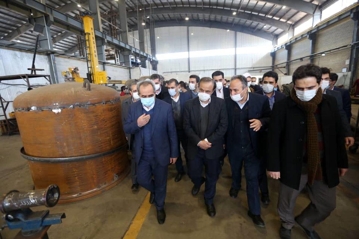 بازدید وزیر صمت از طرح توسعه شرکت شیمی آذرجام در شهرک صنعتی شکوهیه