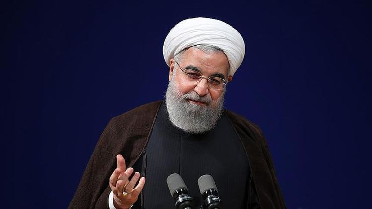 روحانی: بورس را محکم نگه میداریم
