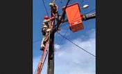 ویدئو جنازه خشک شده دزد کابل های برق همه را متعجب کرد + فیلم