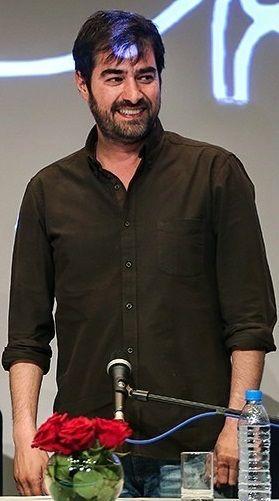 شهاب حسینی - ویکیپدیا، دانشنامهٔ آزاد