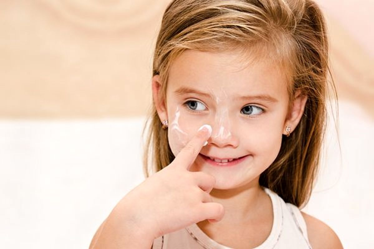 مشکلات پوستی از چه سنی در کودکان شروع می شود ؟