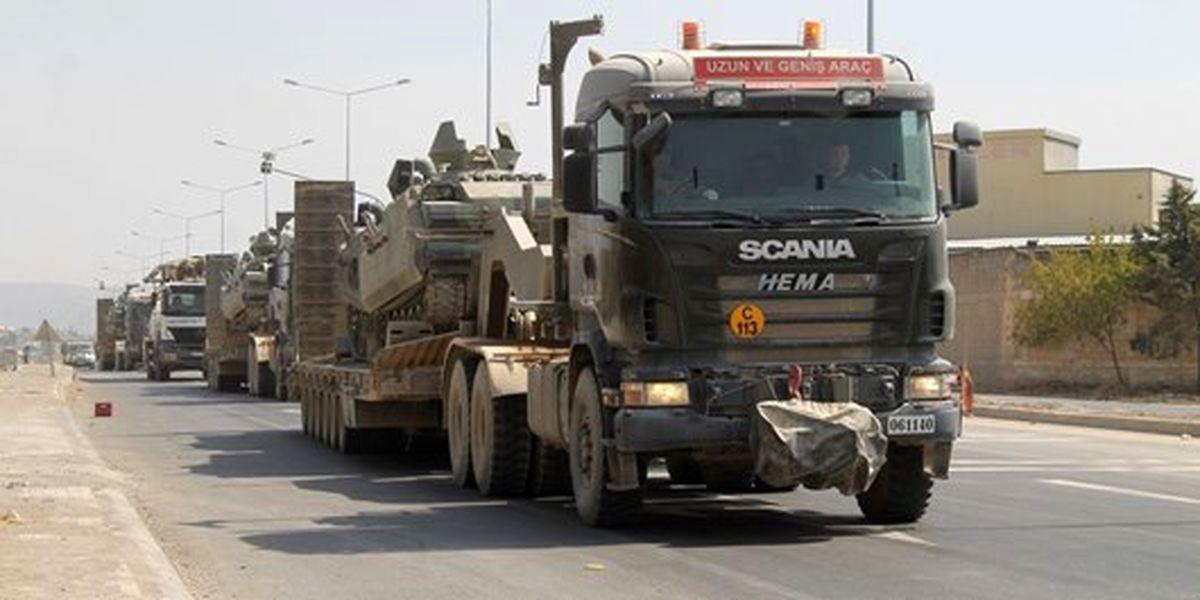 ارتش ترکیه تانک های خود را  به مرز یونان ارسال کرد