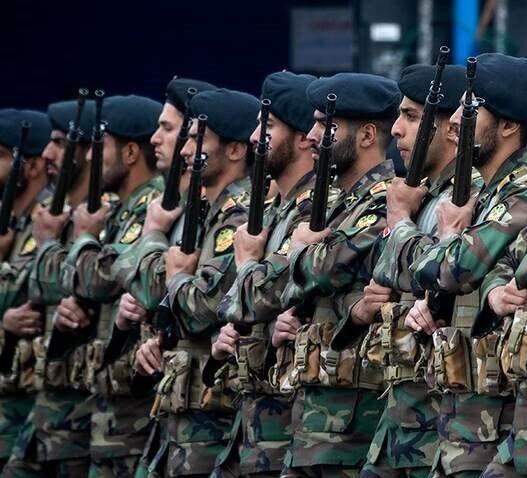 مراسم رژه روز ارتش برگزار میشود؟