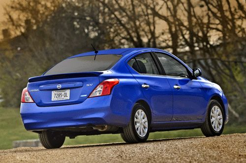 کدام خودروهای خارجی رقیب قیمتی دنا پلاس توربو اتوماتیک هستند؟