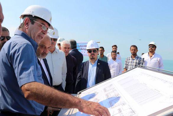 آغاز عملیات شمع کوبی اسکله 50 میلیون یورویی نفتی حرا قشم
