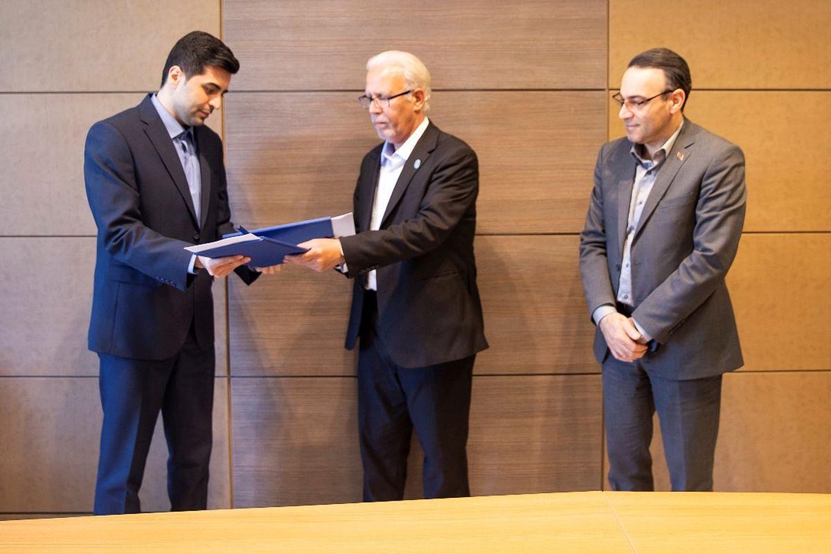 باشگاه سپیدرود رشت باایران کیش تفاهمنامه همکاری امضا کرد