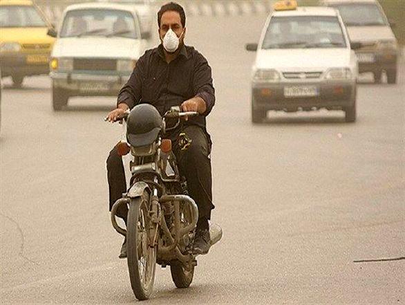 یکی از عوامل آلودگی هوا موتورسیکلتهای از رده خارج هست