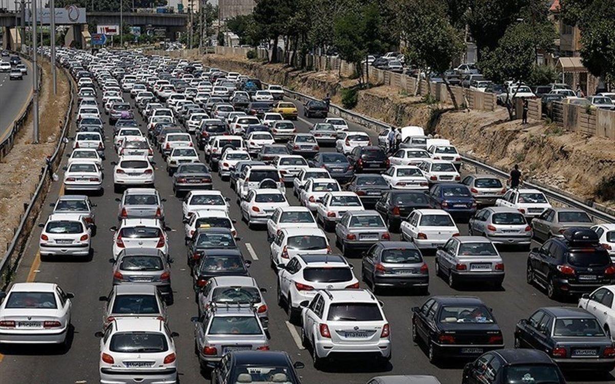 ترافیک نیمه سنگین در محورهای مواصلاتی کشور