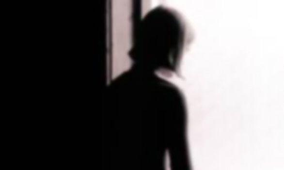سرنوشت زن 22ساله در کنار چهار مرد غریبه در باغ ویلا
