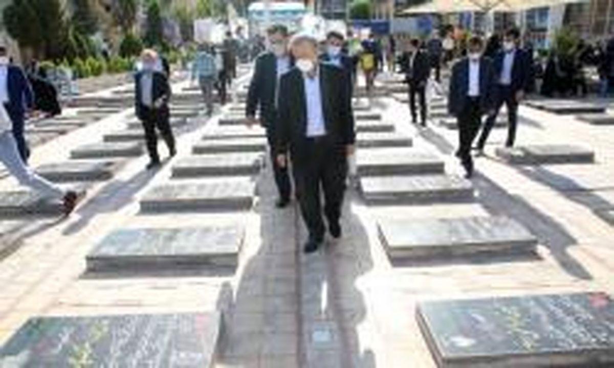 تجدید میثاق وزیر صمت با آرمانهای شهدای انقلاب و سردار دلها