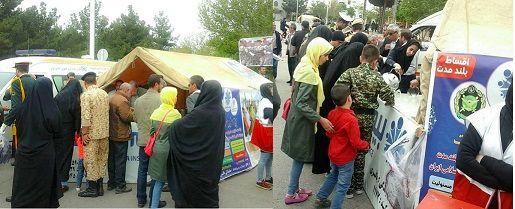 برگزاری مراسم روز ارتش در سمنان با مشارکت بیمه حکمت