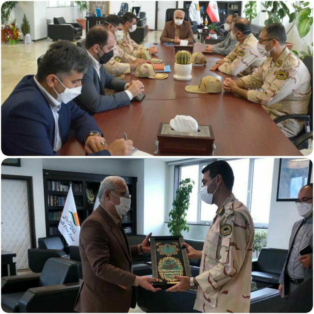فرمانده دریابانی بندرانزلی با مدیرعامل سازمان منطقه آزاد انزلی دیدار کرد