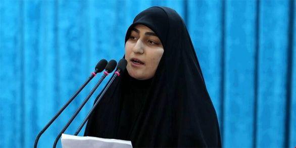 سخنان دختر سردار سلیمانی در نماز جمعه کرمان + فیلم