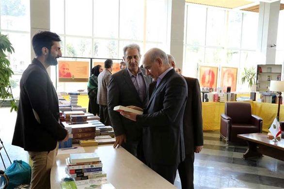 برپایی نمایشگاه کتاب در بانک کشاورزی