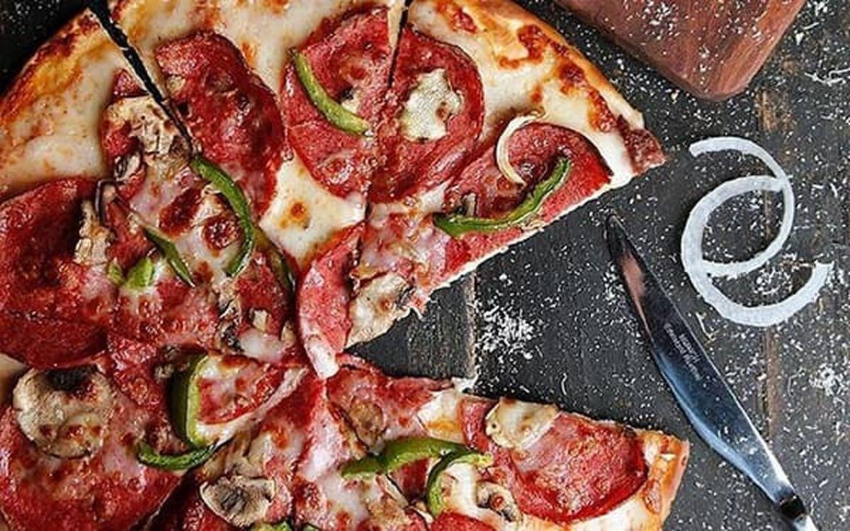 با خوردن پیتزا چه اتفاقی در بدنمان می افتد؟