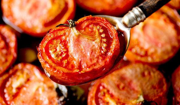 گوجه فرنگی پخته مفیدتر است یا خام؟