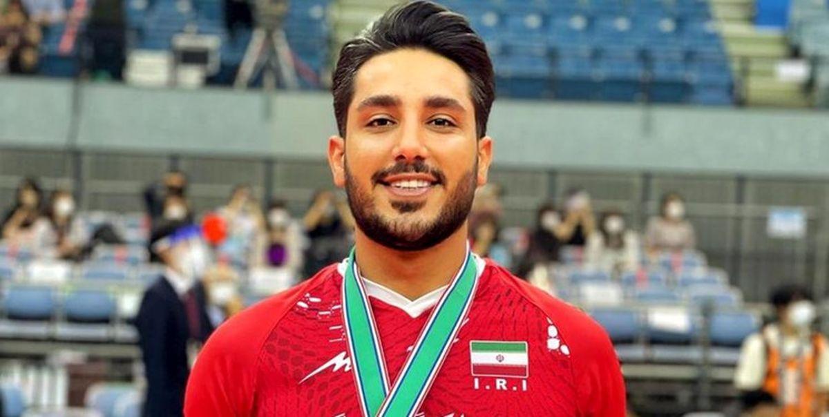اقدام جالب لیبرو تیم ملی والیبال ایران روی سکو قهرمانی   داستان عکس آن عکس چیست؟