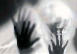 تجاوز گروهی به یک دختر ۲۱ ساله