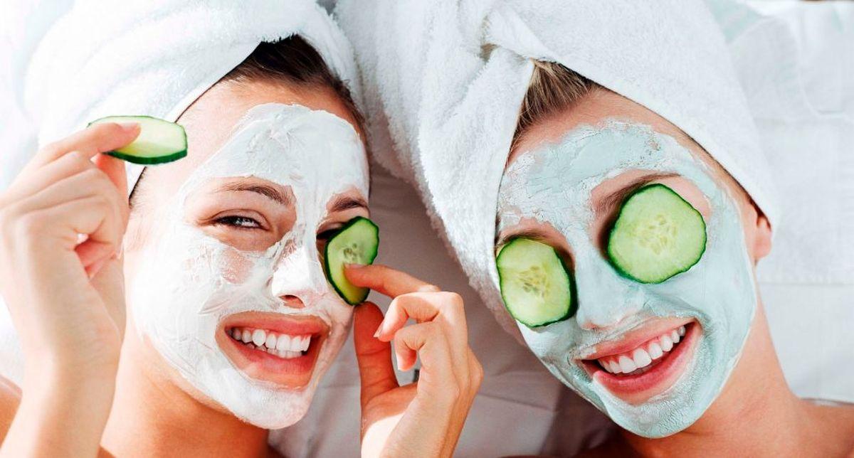 ۶ روش خانگی برای درمان خشکی پوست