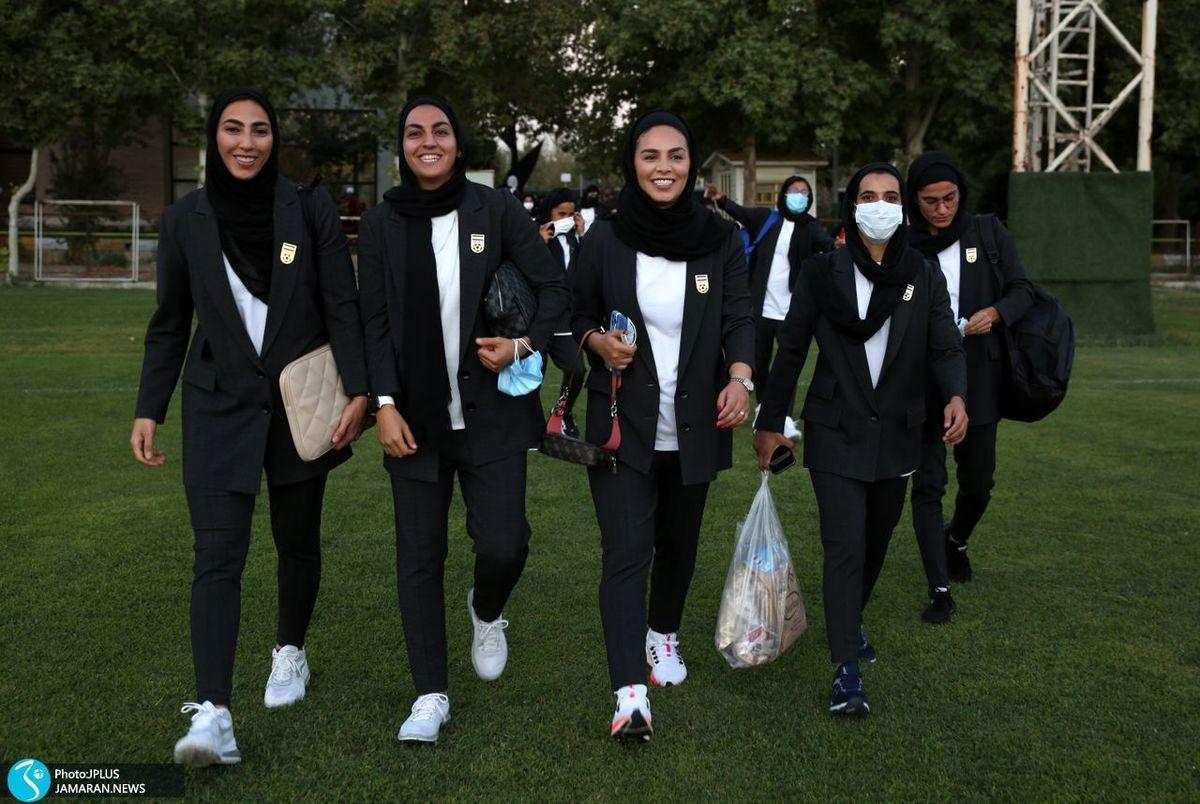 واکنش منفی به لباس تیم ملی فوتبال زنان